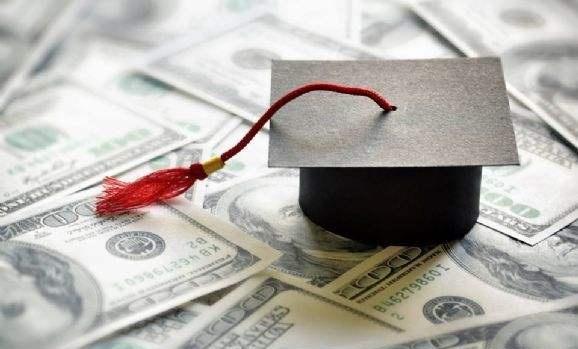 美国高中留学费用