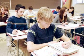 美国高中留学课堂.jpg