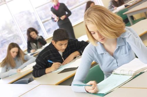 高中生去美国读书